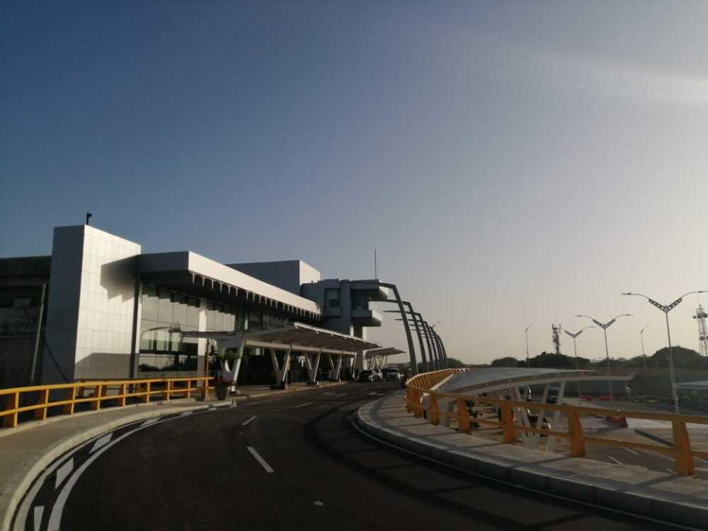 376541_BLU Radio // Aeropuerto Ernesto Cortissoz // Foto: BLU Radio