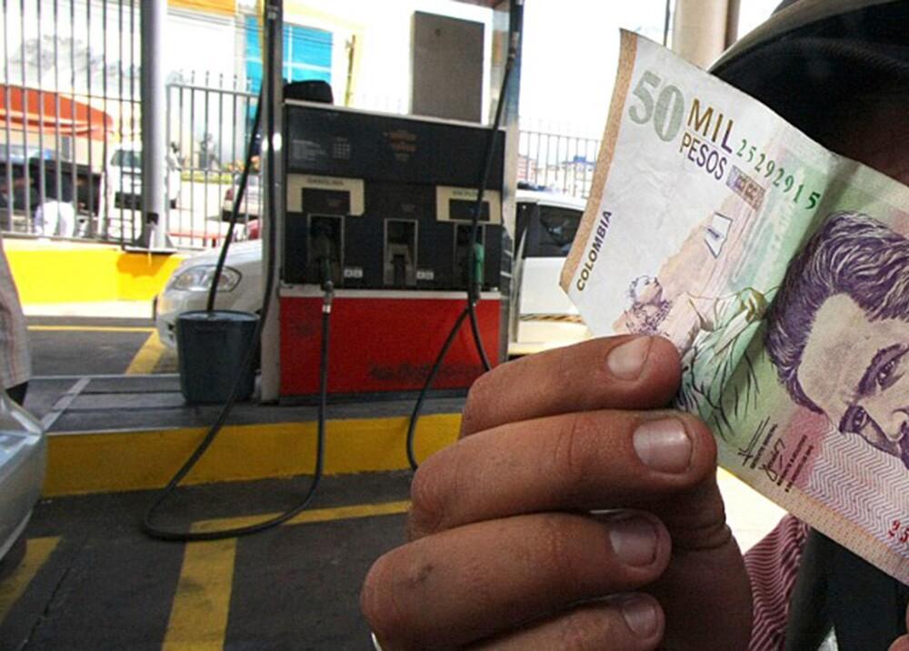 Dinero, pesos, colombia