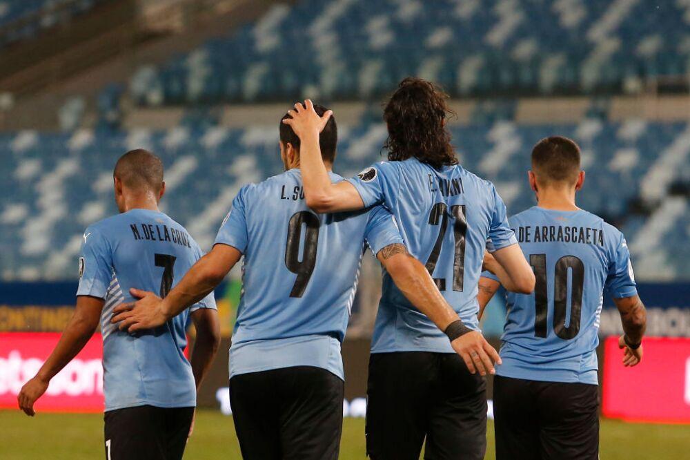 Suarez-Cavani-Uruguay