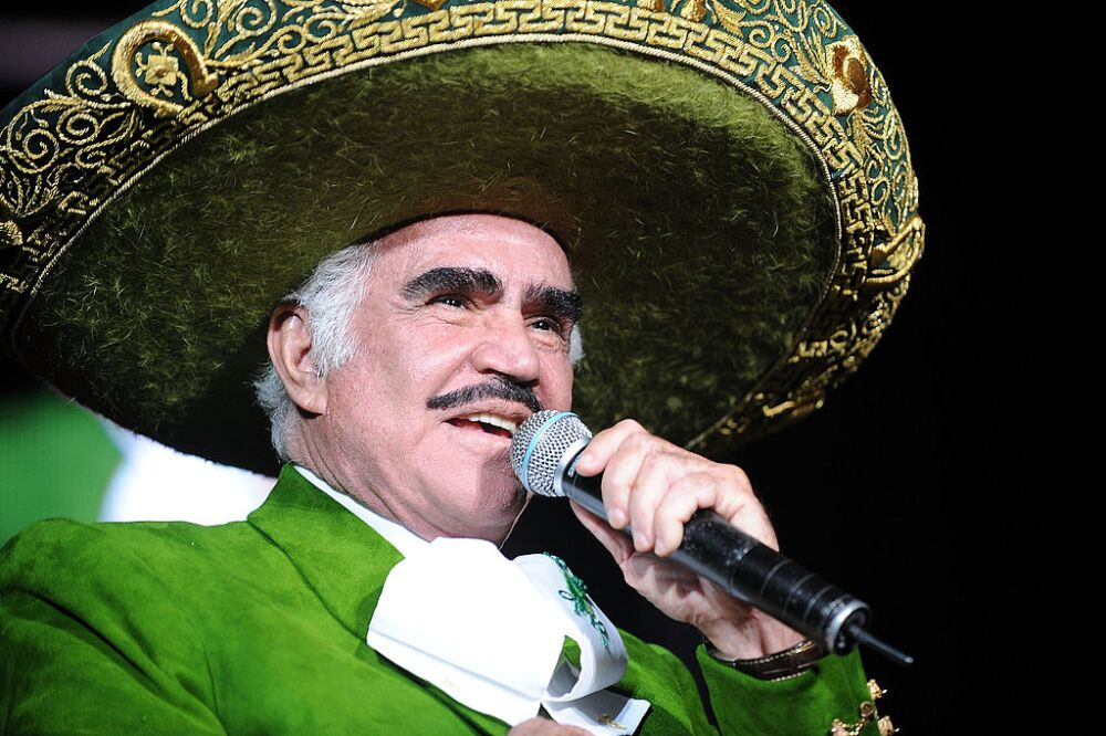 Vicente Fernandez In Concert