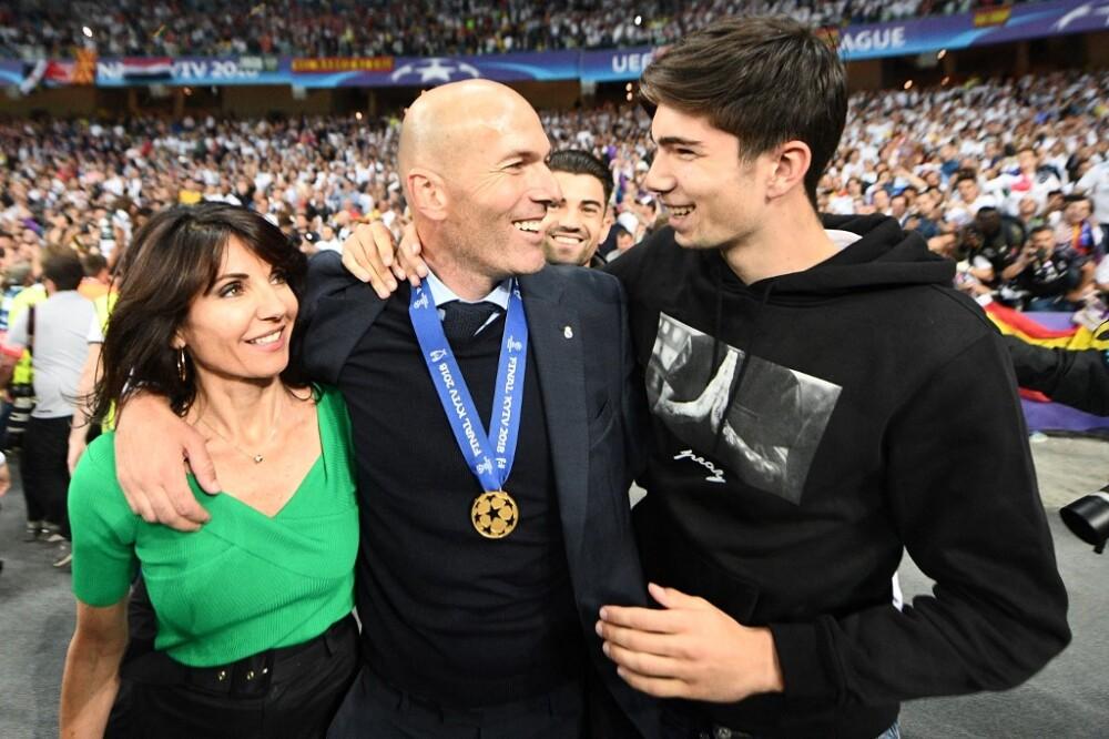 Theo Zidane junto a su padre Zinedine Zidane