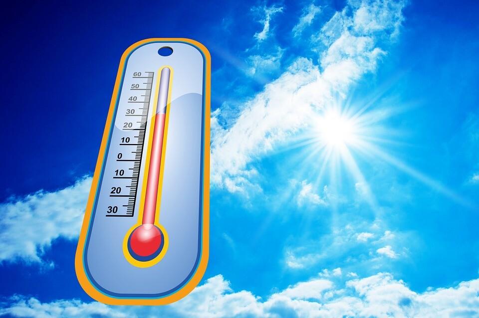 Termómetro que mide la temperatura - calor.jpg