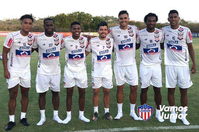 Refuerzos del equipo colombiano Junior de Barranquilla