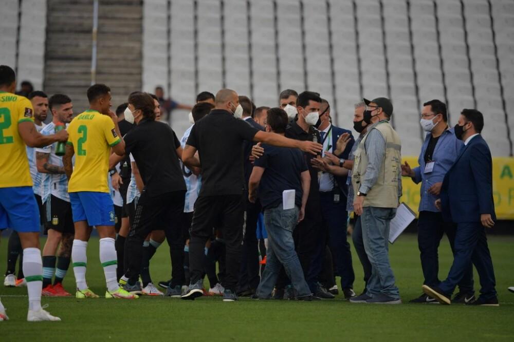autoridades sanitarias de Brasil piden deportar a cuatro jugadores argentinos