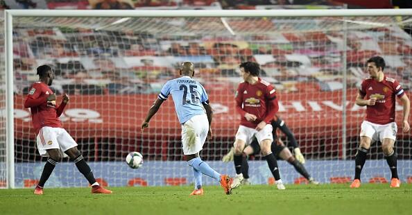 Fernandinho Manchester City vs Manchester United