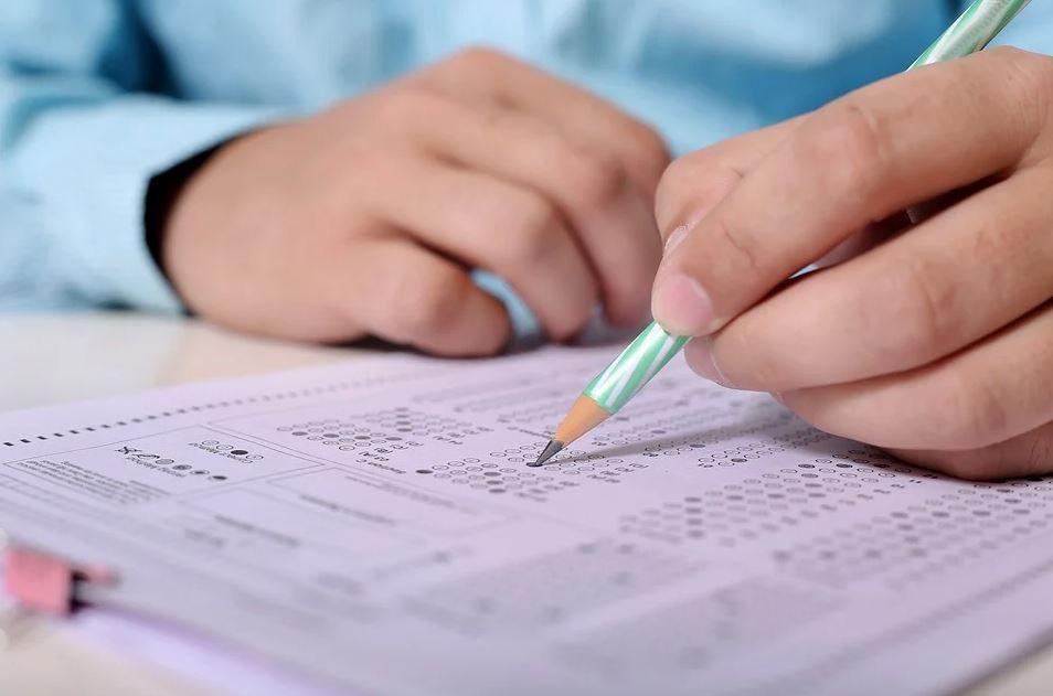 venta de respuestas de exámenes en Italia