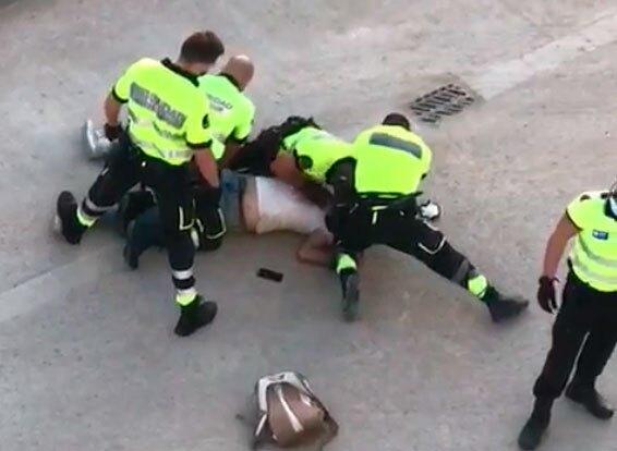 Colombiano agredido brutalmente en España por vigilantes