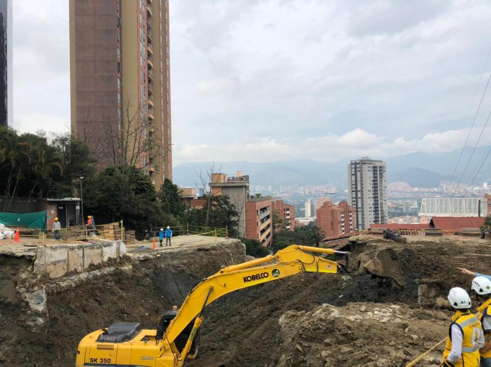 Calamidad vía Las Palmas, quebrada El Indio.jpeg
