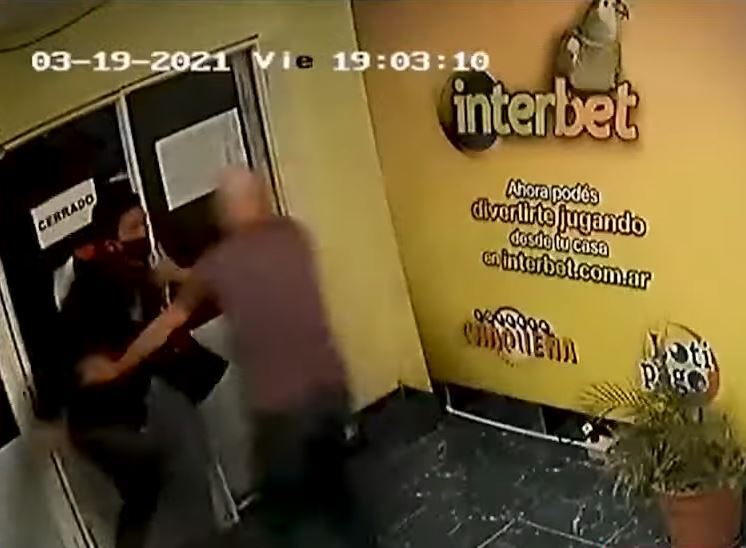 intento de robo en local de chance en argentina