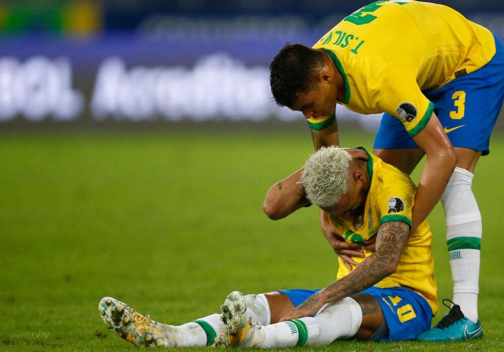 Neymar y Thiago Silva
