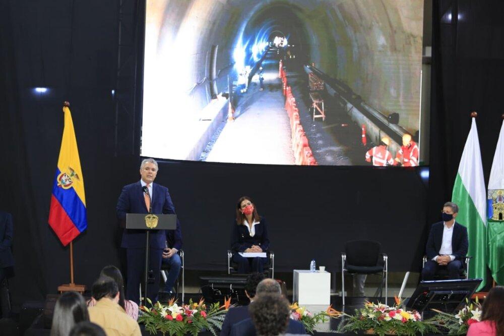 Túnel del Toyo Antioquia.jpg