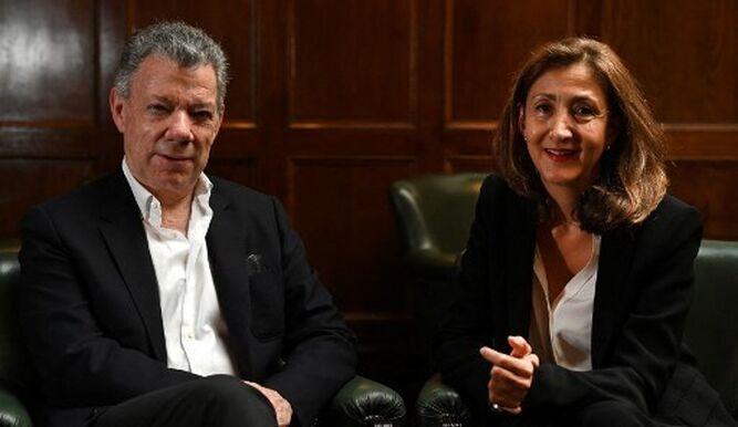 Juan-Manuel-Santos-Ingrid-Betancourt_18358778.jpg