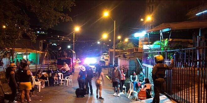 Toque de queda Valle de Aburrá-Policía Metropolitana.jpeg