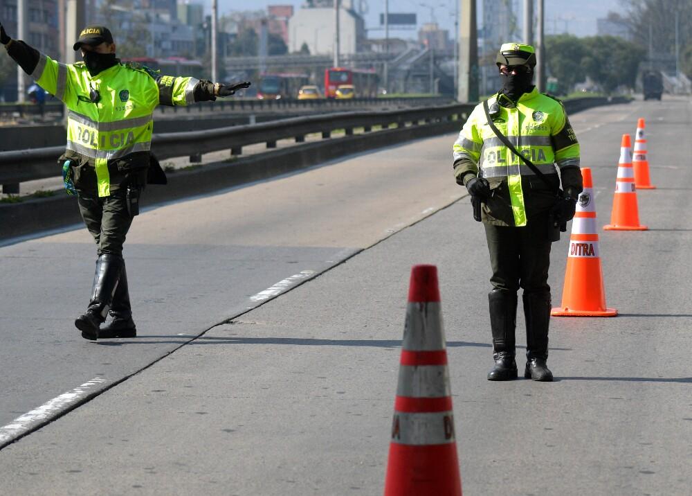 24153_Policía de transito // FOTO: AFP