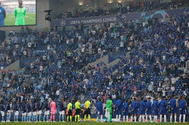 Hinchas del Manchester City y Chelsea en la final de la Champions League
