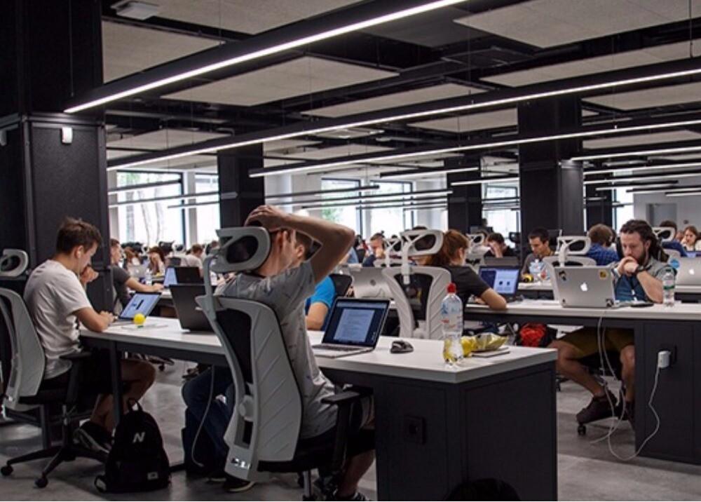 Jóvenes desarrolladores de software