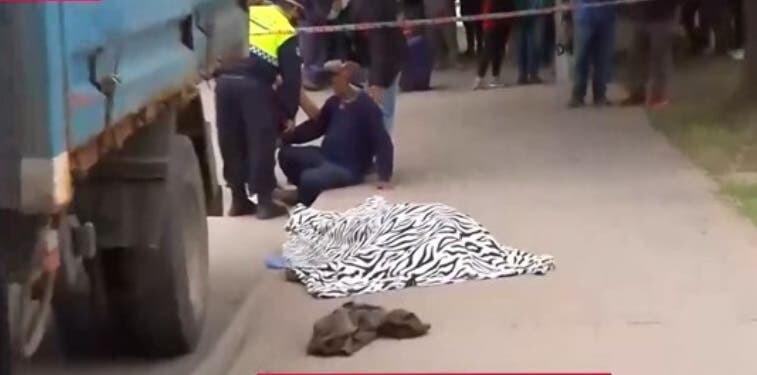 Hombre muere tras ser arrollado por su camión