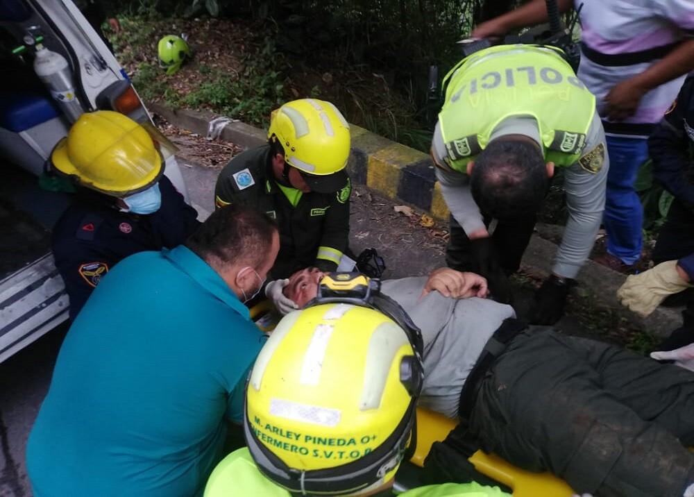 FOTO POLICIA HERIDO FLORIDA ACCIDENTE.jfif