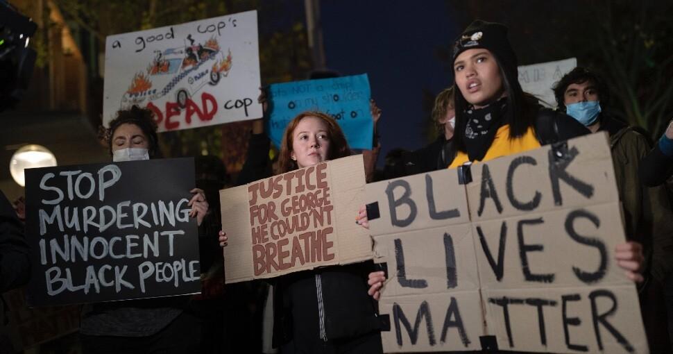 392052_protestas_ee.uu_.jpg