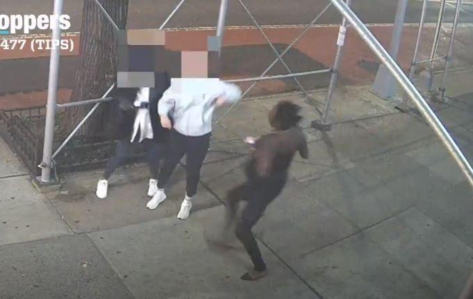 Ataca a martillo a mujeres asiáticas en Nueva York