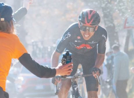 Egan Bernal será uno de los líderes del Ineos-Grenadiers en la Vuelta a España 2021.