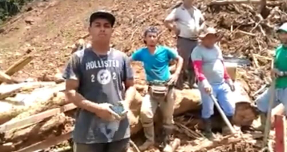 hijo de hombre sepultado por derrumbe en Yarumal..jpg