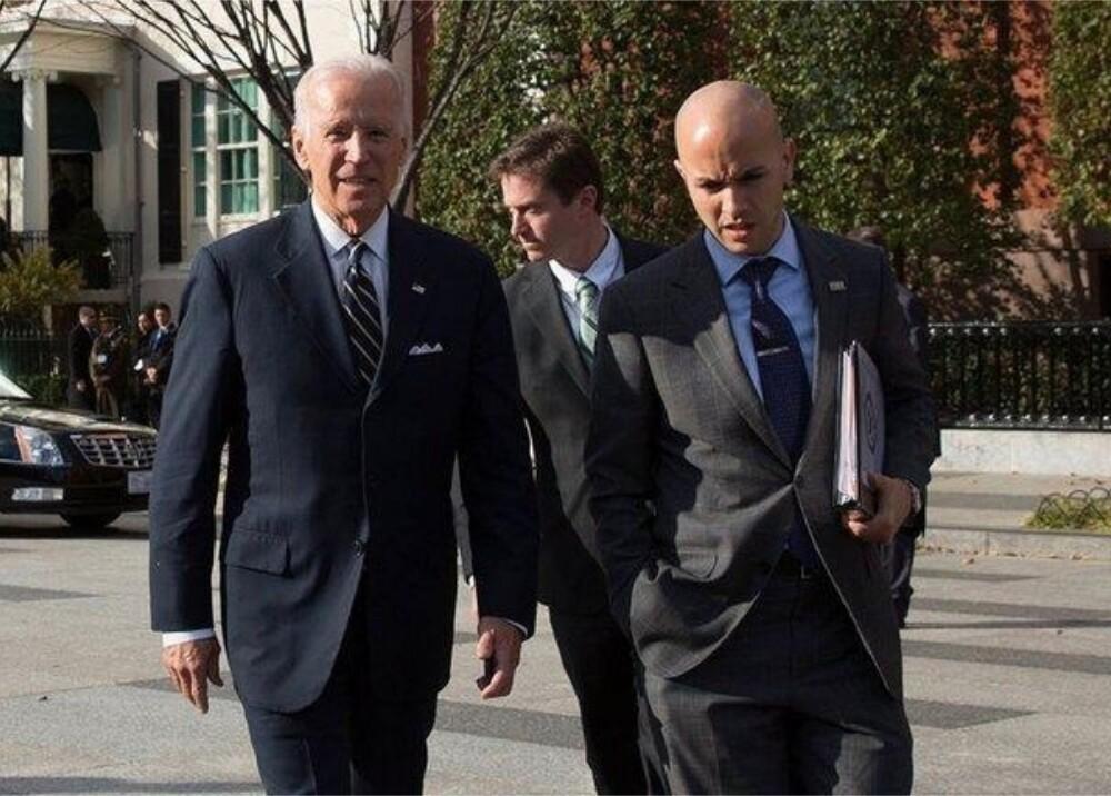 Joe Biden y colombiano Juan González Foto casa blanca