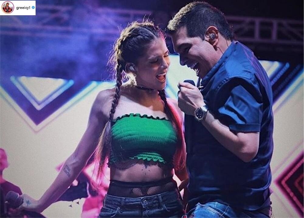 9821_La Kalle - Greeicy Rendón cantando vallenato - Foto Instagram