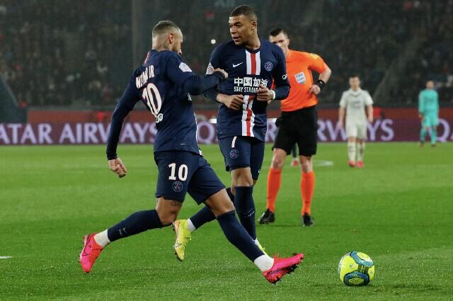335499_Neymar y Kylian Mbappé