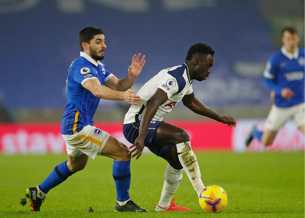 Tottenham con Dávinson Sánchez  AFP
