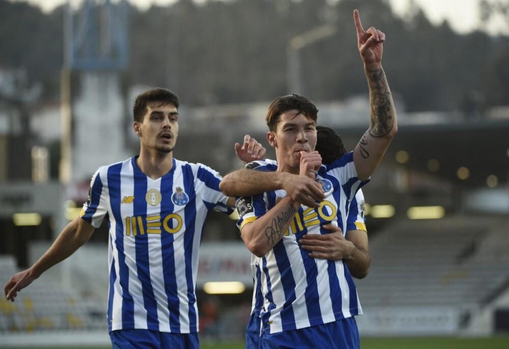 Mateus Uribe, celebra - Porto