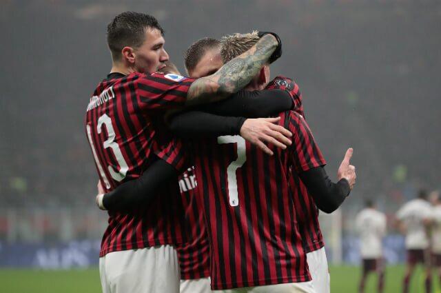 332626_AC Milan