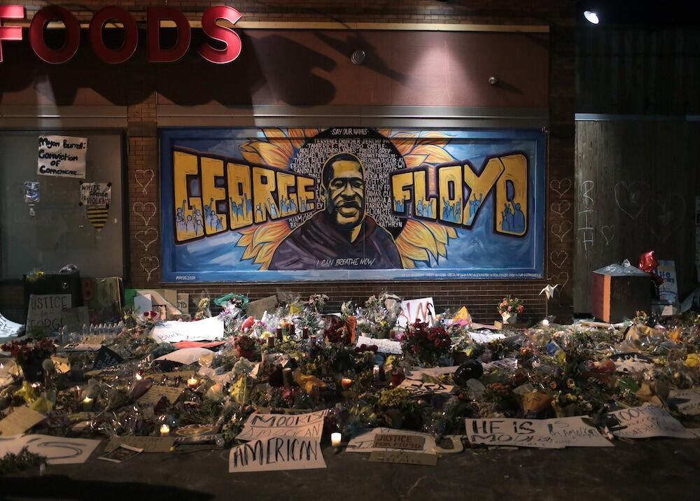 365967_Mural de George Floyd / Foto: AFP