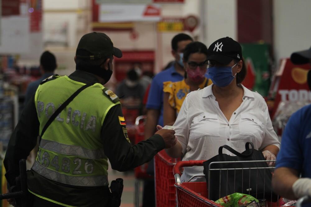367283_BLU Radio // Controles en establecimientos de comercio // Foto: Alcaldía de Barranquilla