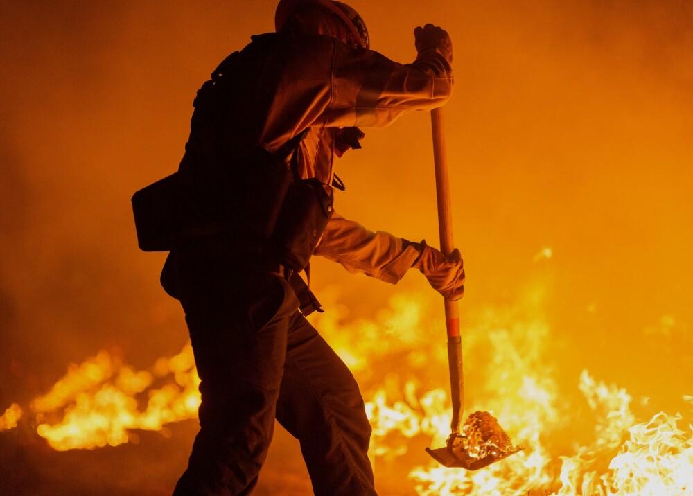 afp-bombero-california-incendio.jpg