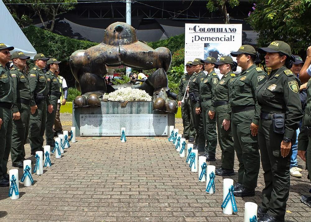 335992_BLU Radio. Se conmemoran 24 años de atentado en el parque San Antonio de Medellín / Foto: Alcaldía de Medellín