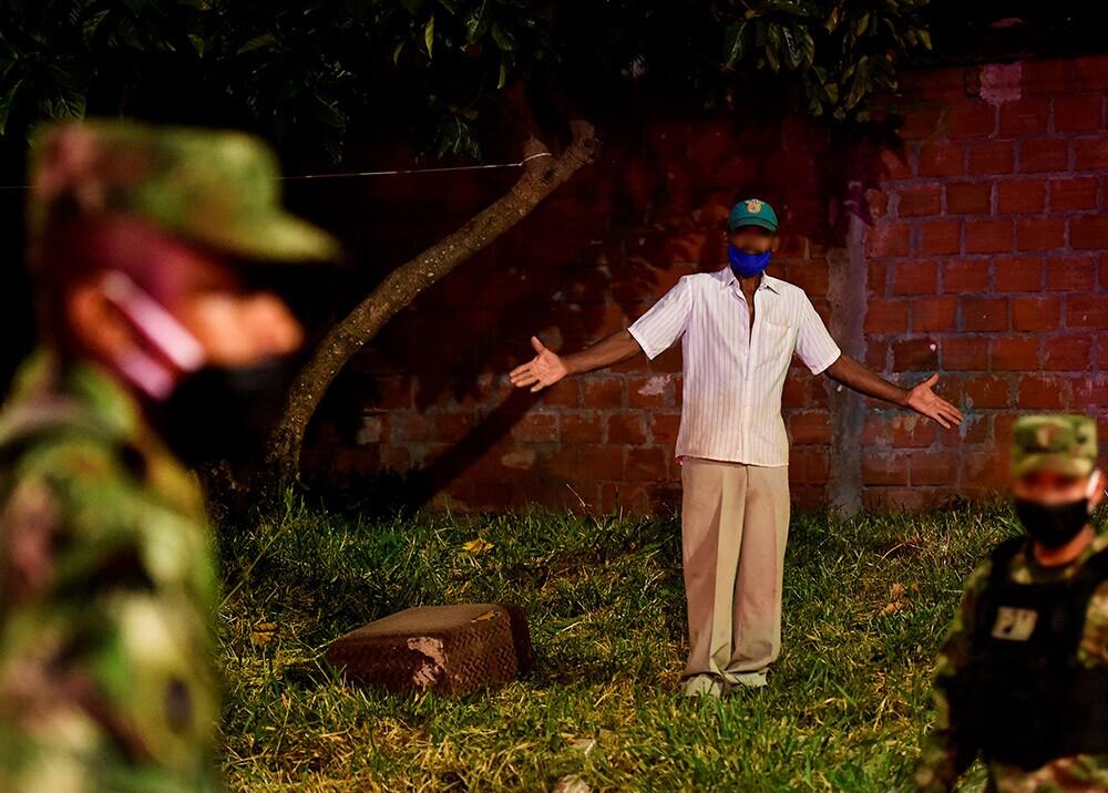 359498_Operativos contra desobedientes en cuarentena por coronavirus // Foto: AFP
