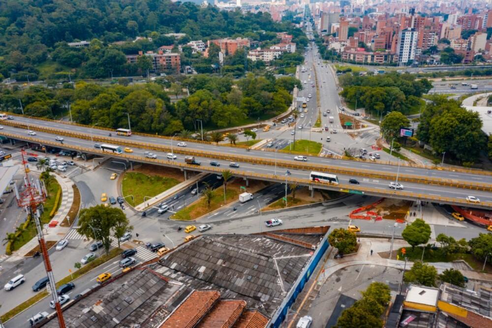 Medellín sin ley seca y toque de queda.jpg