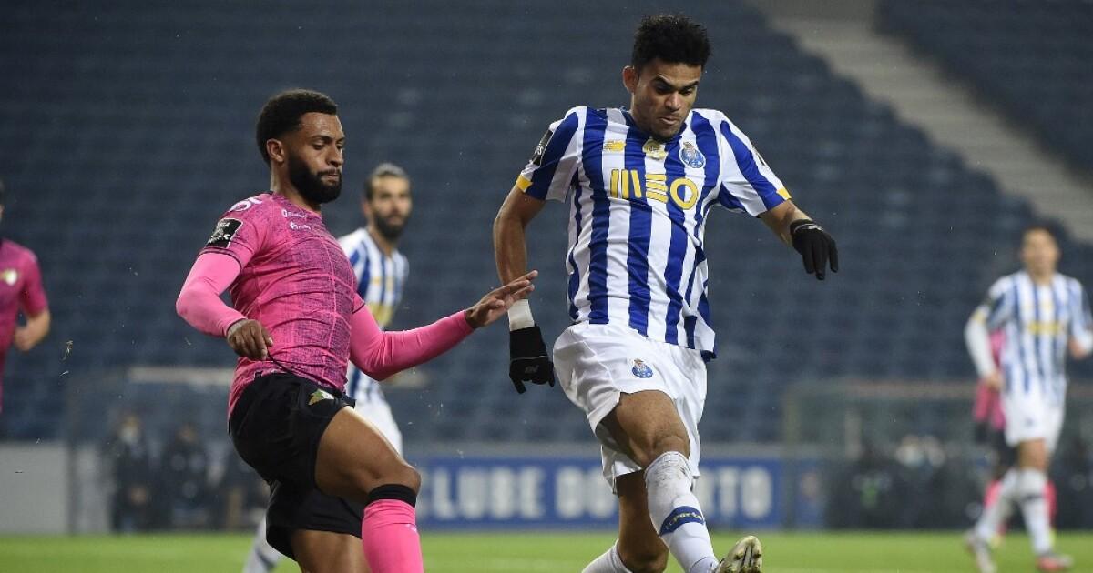Porto, con Luis Díaz y Mateus Uribe, derrotó 3-0 a Moreirense y subió al segundo lugar de la tabla
