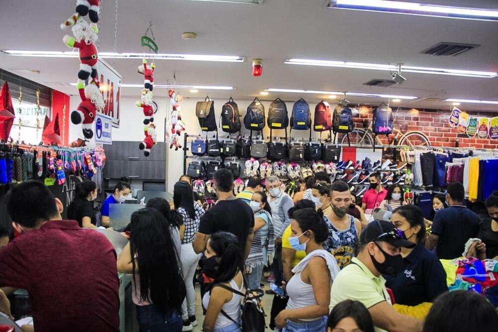 local comercial cerrado en villavicencio.jpeg