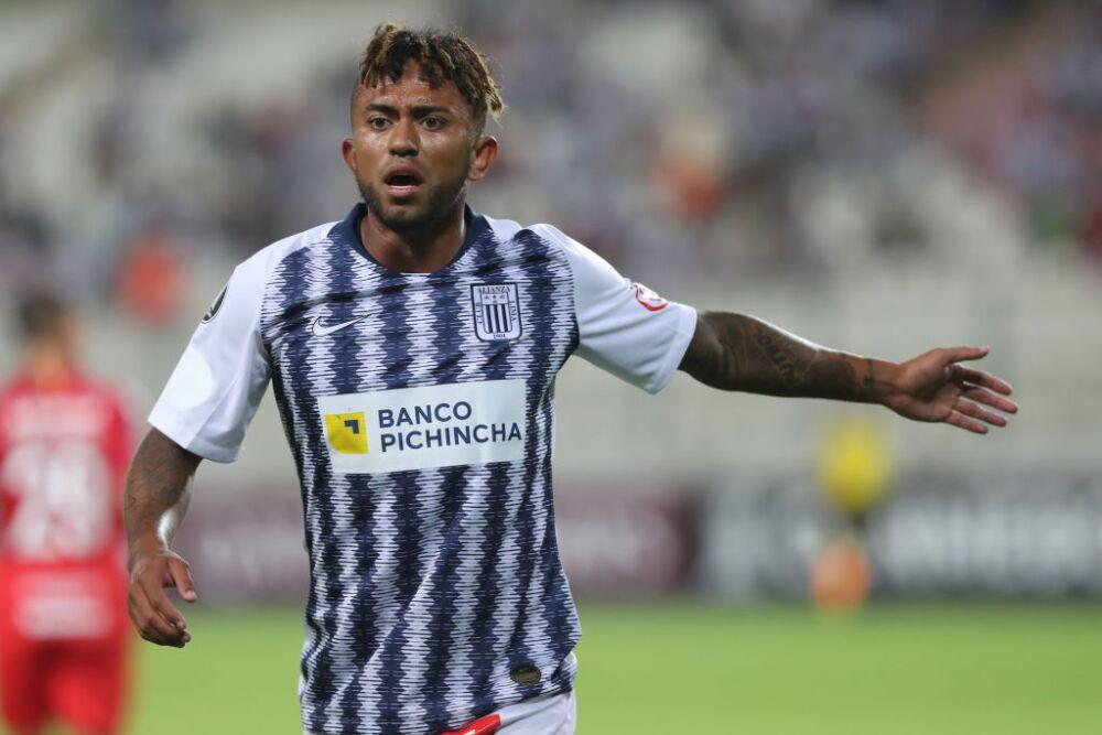 Alianza Lima v Internacional - Copa CONMEBOL Libertadores 2019