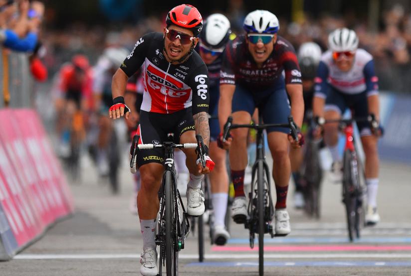 Caleb Ewan ganó la etapa 7 del Giro de Italia 2021.