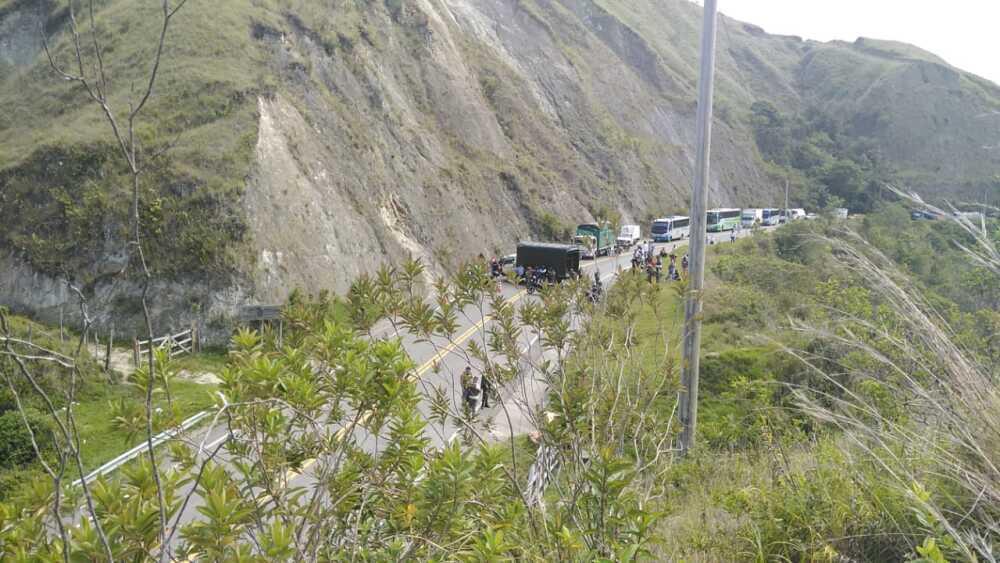 Ataque contra policía en vía de Santa Fe de Antioquia.jpeg