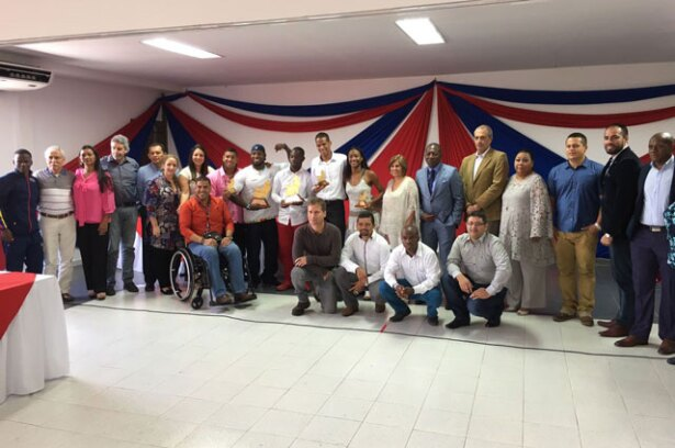 homenaje-atletas-paralimpicos-becas-nota.jpg