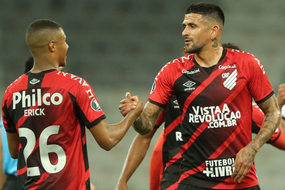 Athletico Paranaense v  Colo-Colo - Copa CONMEBOL Libertadores 2020