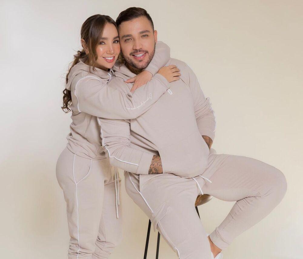 Así reaccionó Jessi Uribe al ver que un lanchero estaba admirando a su prometida, Paola Jara.