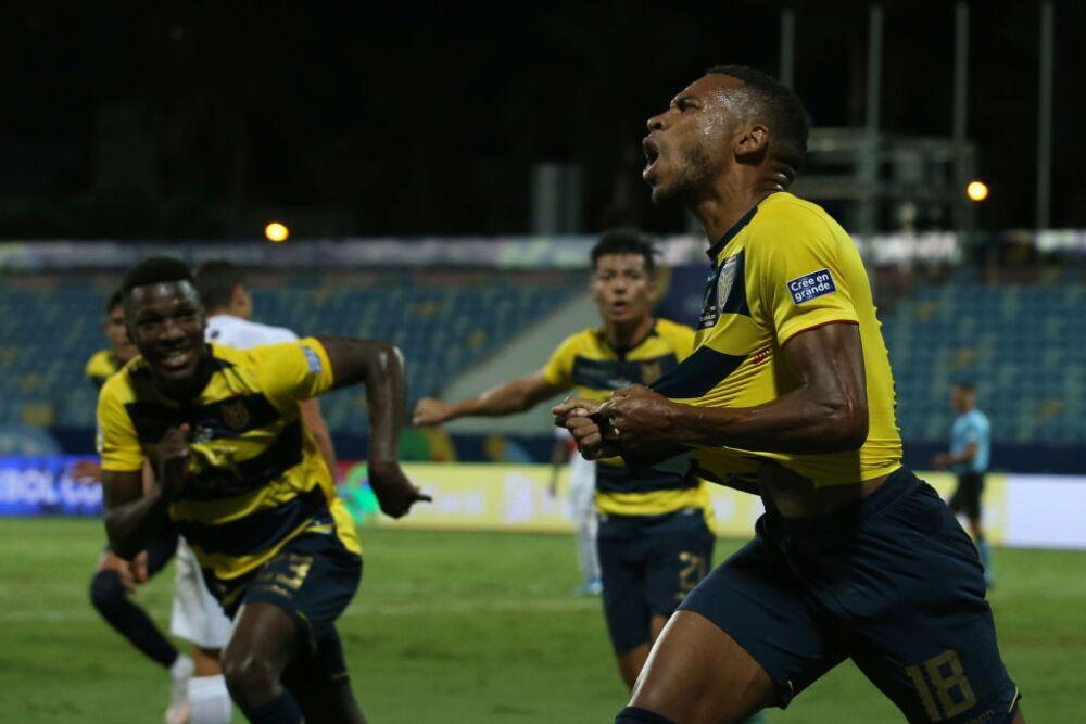 Ecuador v Peru: Group B - Copa America Brazil 2021