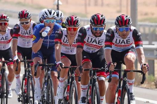 Fernando Gaviria fue noveno en la etapa 4 del UAE Tour. Cortesía: @bettiniphoto