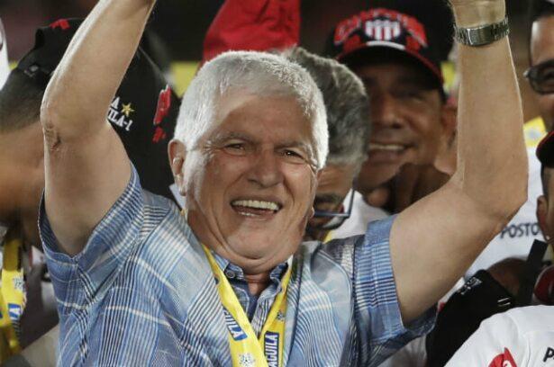 Julio Comesaña se va del Junior de Barranquilla: renunció tras ser campeón  de la Superliga