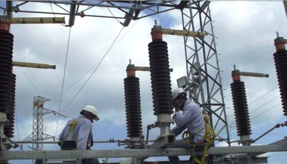 334057_Blu Radio/ Trabajos en subestación de Electricaribe. Foto: Cortesía